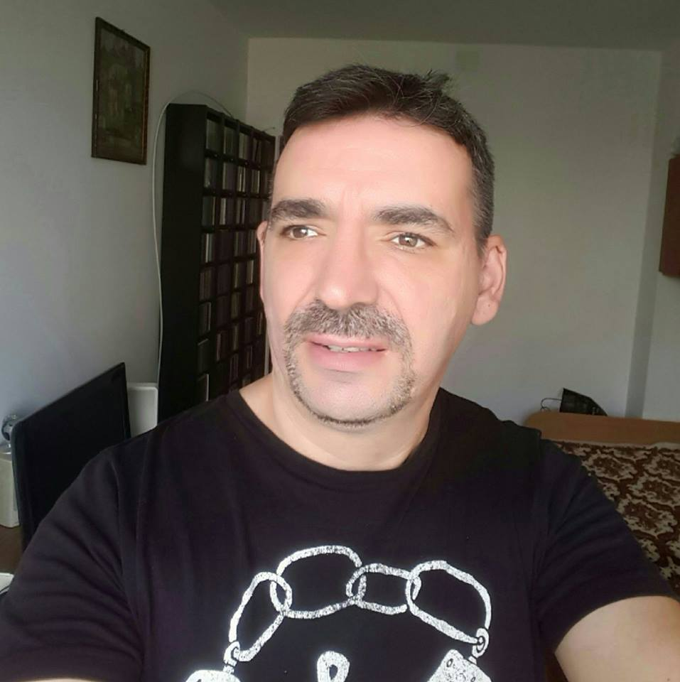 Teodor Florentin Isaru - Regizor muzical la Electrecord, Redactor, regizor, documentarist muzical la Romanian Radio Broadcasting Company